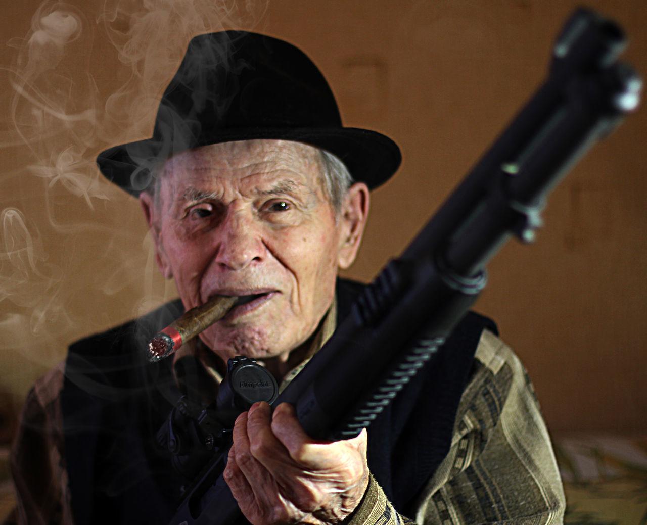 Grandpa Shotgun COSANOSTRA Mafia  Sigar Gangsta