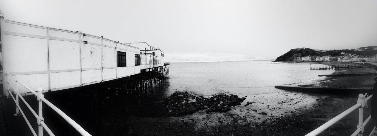 Black And White Seaside Panorama The Press - Treasure