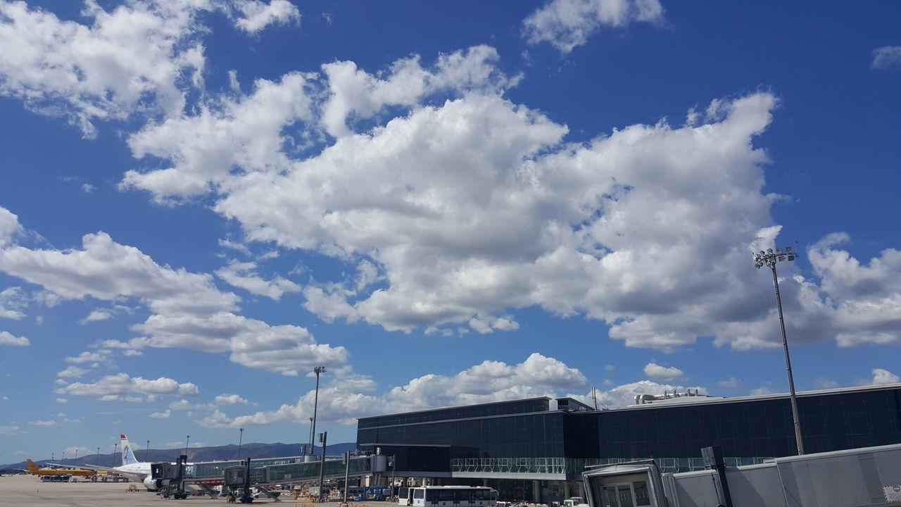 Cloud - Sky Sky Elmeupetit_pais Enjoying Life Blue Travel Destinations Catalunyaexperience Descubreixcatalunya Nofilter Skylovers_clouds Airport Barcelonaelprat Myoffice Barcelona S6edgephotography Reikimaster S6edge+
