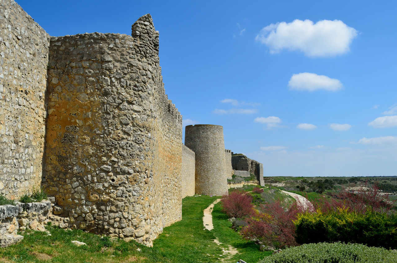 Ancient Ancient History Architecture Building Exterior Built Structure Castillo Castle Fort Fortified Wall History Medieval Murallas Murs Old Ruin Schloss Stone Material Stone Wall Tourism Travel Destinations Urueña Valladolid Walls замок قلعة 城堡