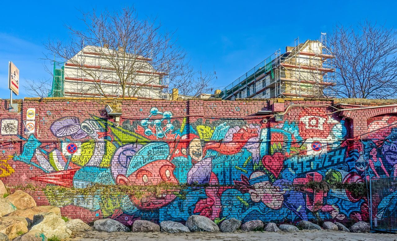 Art Art, Drawing, Creativity Berlin Mitte Berliner Ansichten Graffiti Graffiti Art Multi Colored Painting Urban Wall