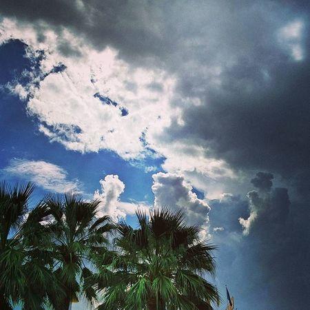 Something is going on in the sky. ☁ Portdesóller Mallorca Baleares SPAIN