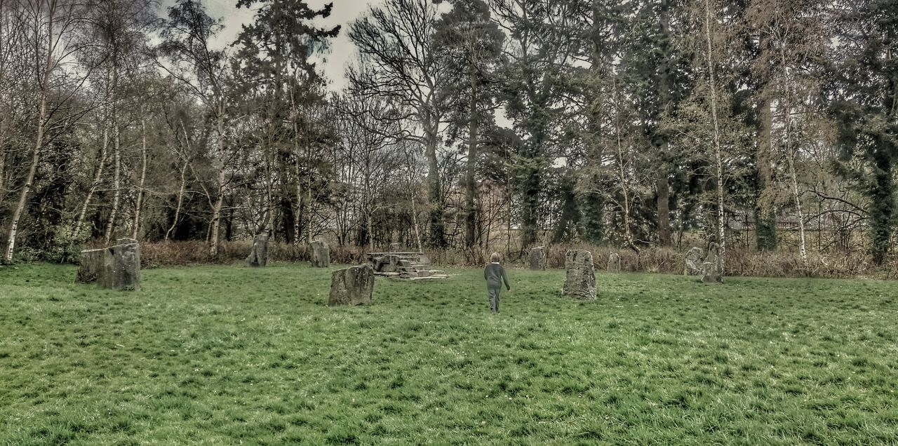 Standing Stones Circle Children Photography Through A Childs Eyes Magical Places Magic Moments Childhood Memories Alter TreePorn Check This Out