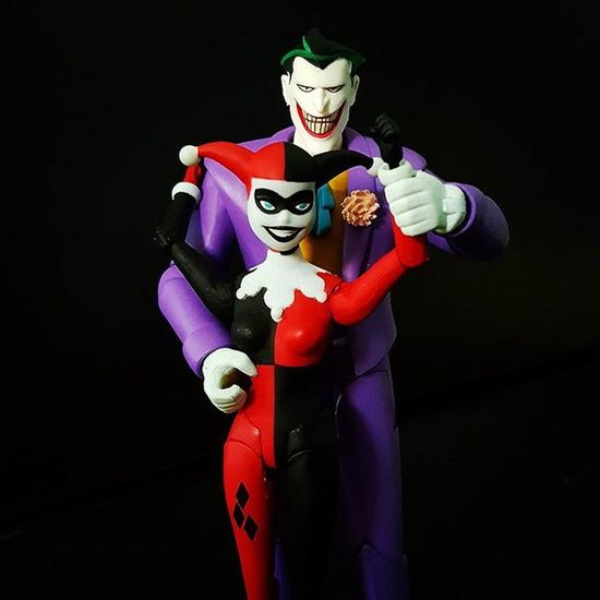 """Mad Love """"Psychotic mass-murdering clowns and the women who love them."""" Joker JokerSunday Harleyquinn Harleenquinzel Madlove Valentines Valentinesday Happyvalentinesday Vday Batman BatmanTheAnimatedSeries DC Dccomics DcCollectibles Toyphotos Toyphotography Toycollecting Atadreadnoughts Ata Toyslagram Toycommunity Toyboners @toyboners Toptoyphotos Thebatforce Toyphotos toygroup_alliance btstp_id toygraphyid"""