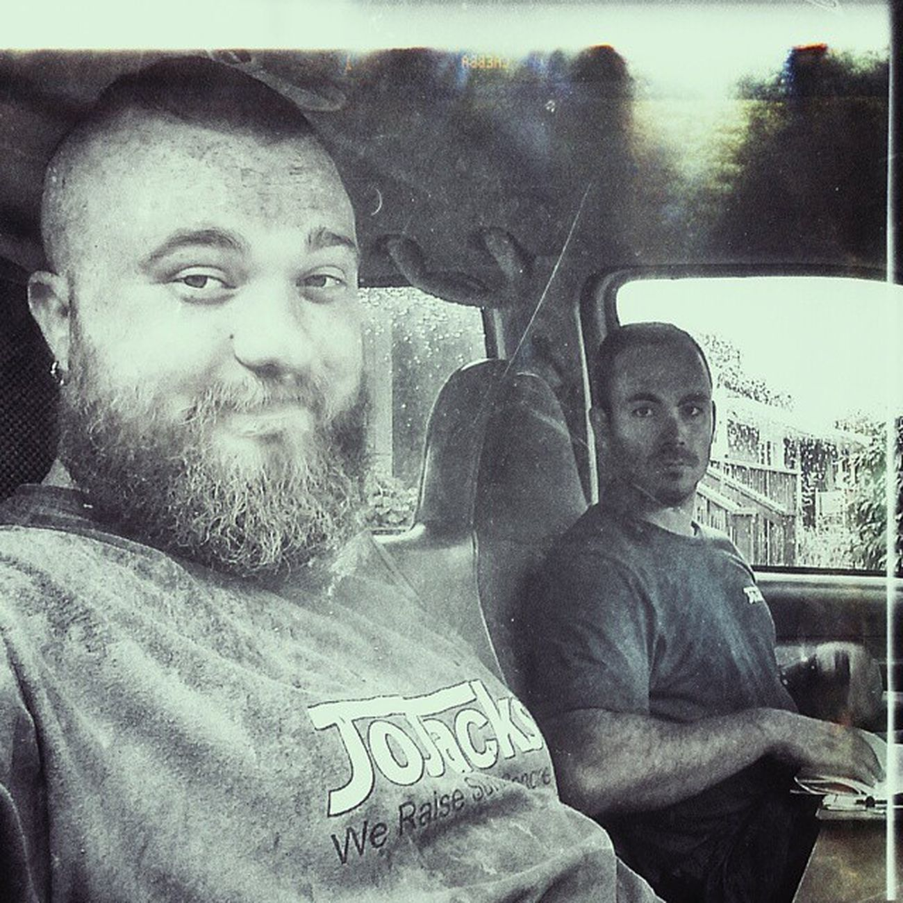 First day on the job at Jojacks ! What a blessing to get to work with my best friend @thepernz GoodTimes Wegetdirty IHaveConcreteInMyBeard