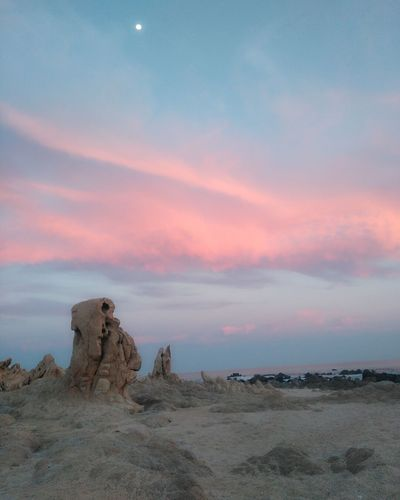Landscape Sunset Nature Cloud - Sky Atardecer Travel Paisajes Cielo Travel Photography EyeEmBestPics Eyeemphotography Horizon Over Water Traveling Sea Beach Sky Viajar Picsoftheday Sunset_captures Playa Sunsetlover Paisaje Scenics Rock - Object No People