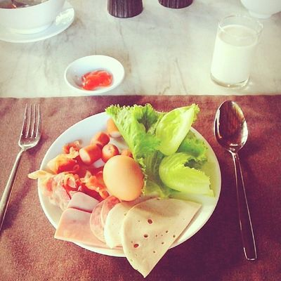 Have a breakfast.. :3