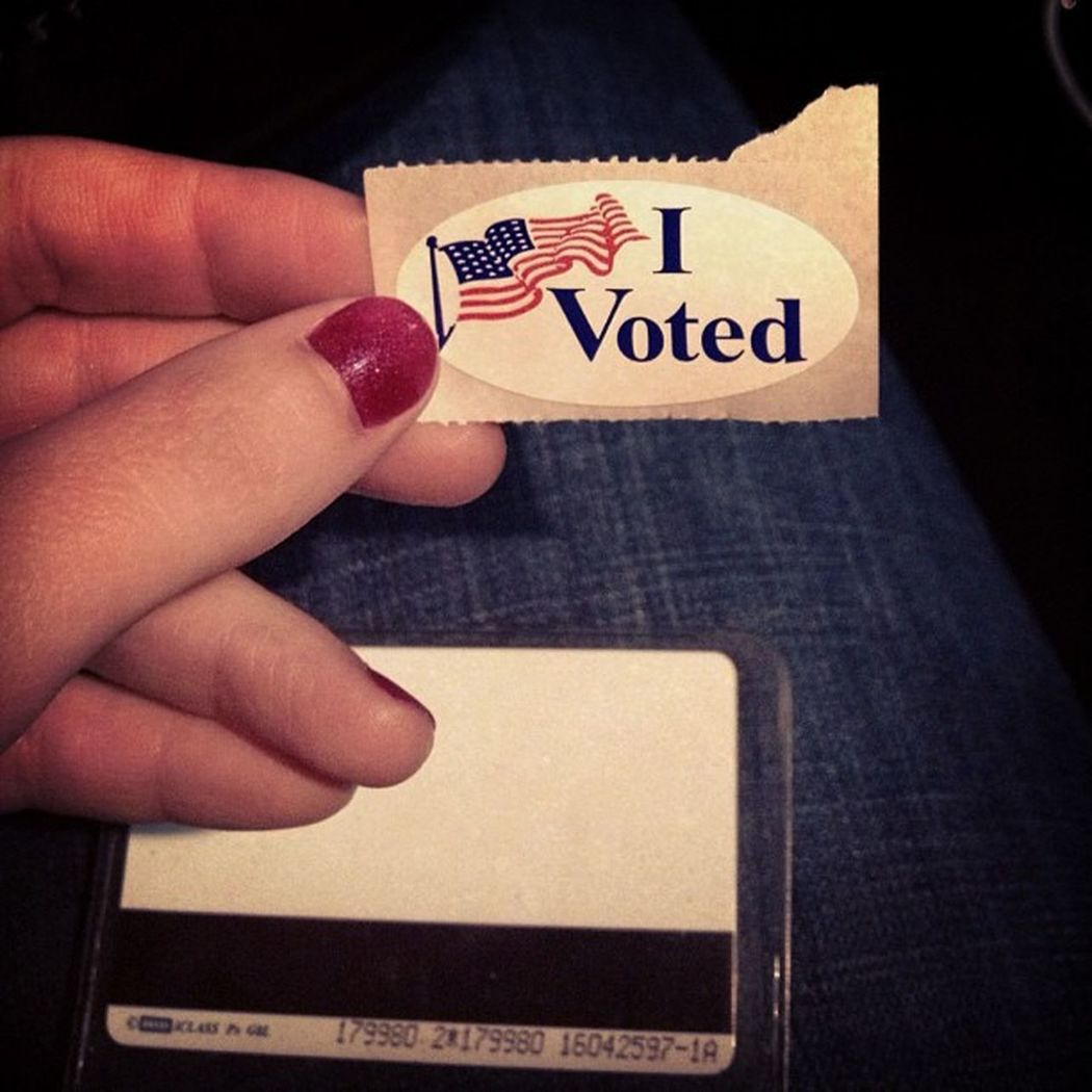 I have 2 hands, 2 feet and the right to vote ! Ivotedtoday President Electionday November62012