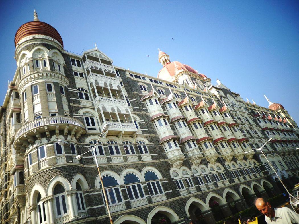 Waah Taj! Taj Tajmahalpalaceandtower Mumbai Mumbai_in_clicks Touristdiaries Worldcities Indian Heritage Luxury At Its Finest EyeEm Buildings Nofilters Salaambombay 5starhotel Check This Out Hello World Mobilephotography