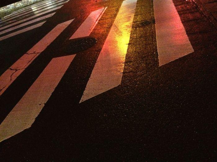 🌧☂ Rain Rainy Day Yellow Pedestrian Crossing Signal