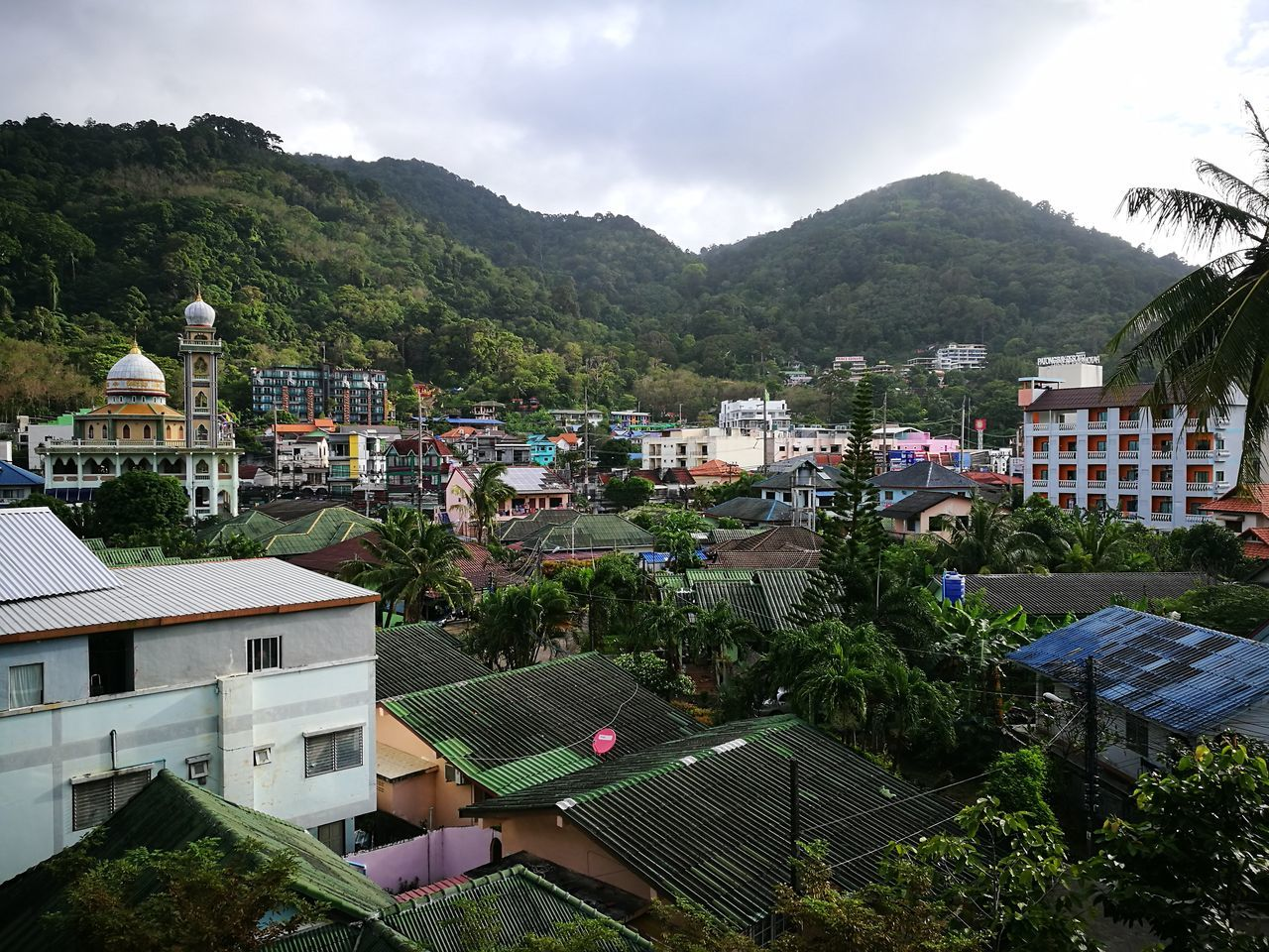 Sinfiltro Vistas Ventana phuket Architecture Building Exterior Built Structure Mountain High Angle View Tree Residential Building Residential Structure Cloud - Sky Residential District Sky Town Outdoors Green Color Rooftop Day No People Majestic Mountain Range Scenics