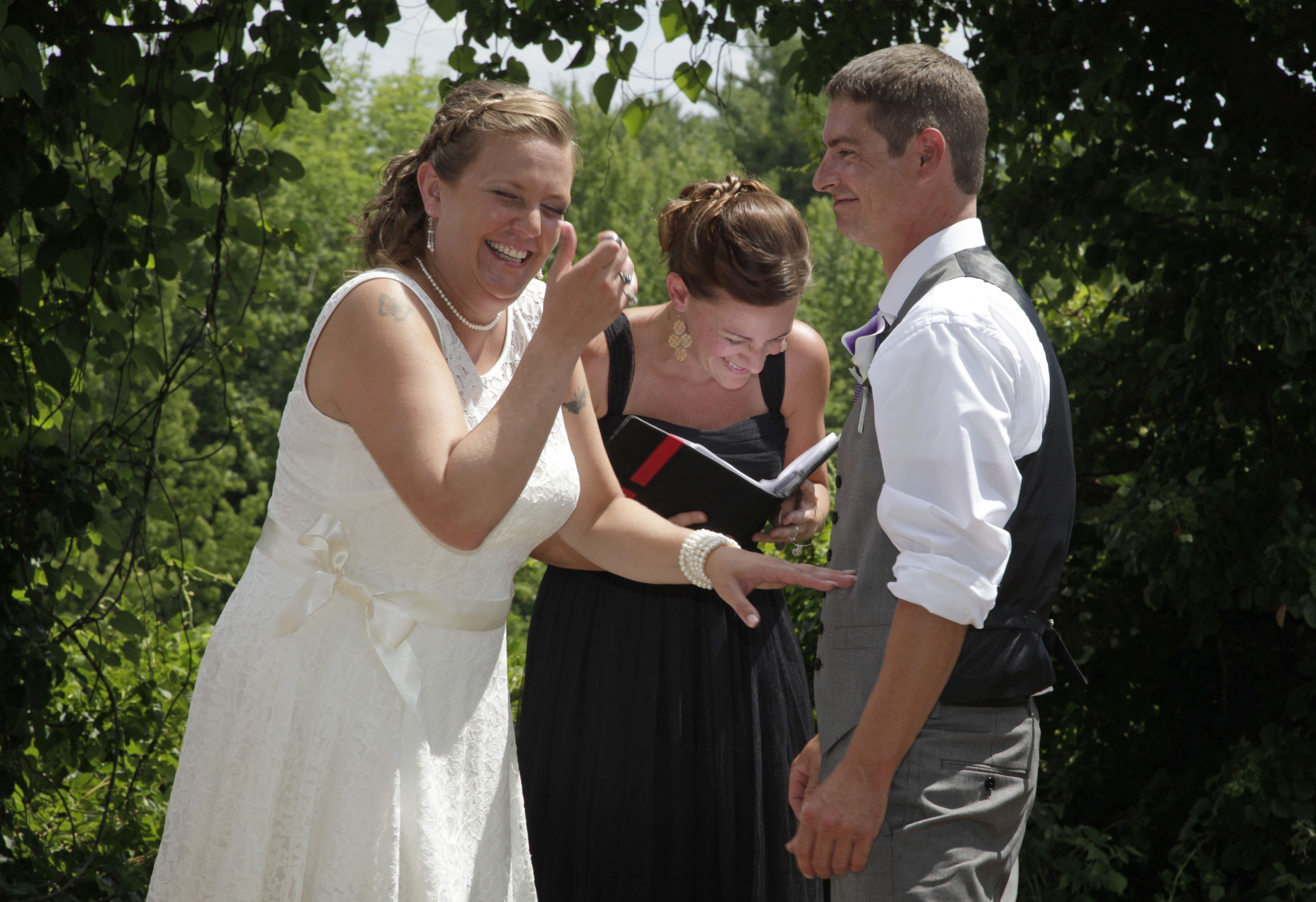 A Case Of The Giggles Maine Wedding Wedding