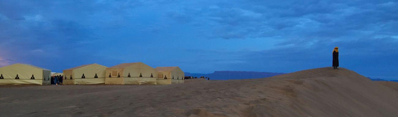 Sand Sand Dune Tuareg Berber  Sahara Desert Look-out Morocco Maghreb Man In The Desert NOMAD Yellow And Blue North Africa Dawn Desert Landscape Desert Sunrise