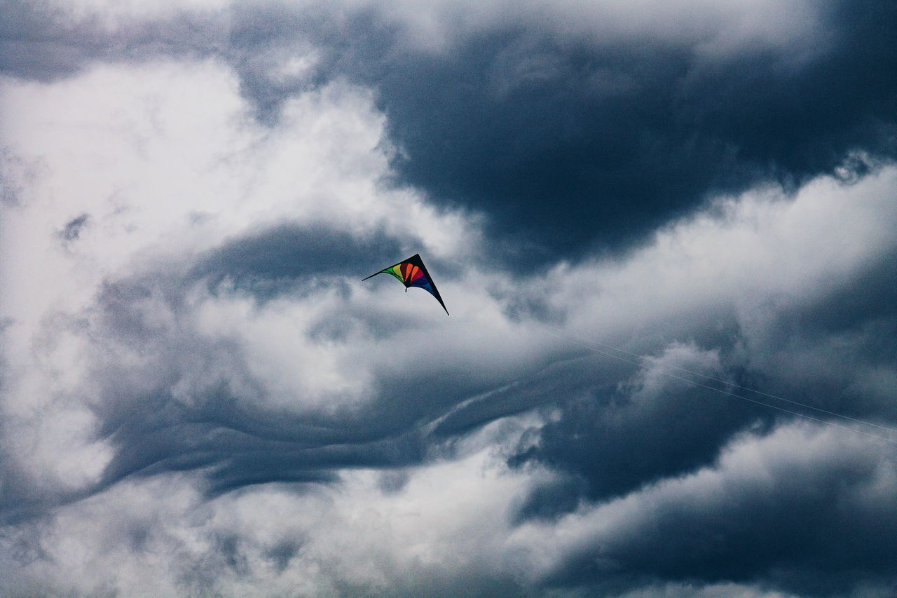 Flying Cloud - Sky Sky Low Angle View Mid-air Day Outdoors Nature No People Storm Cloud Indoors