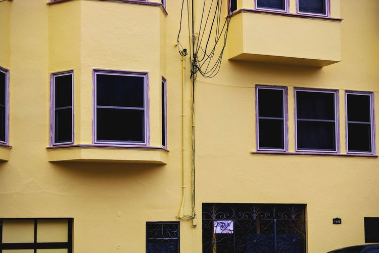 Architecture Window Building Exterior Façade Residential Building San Francisco House Bright The Mission Paint Wall Outside Exterior Exterior Design PaintedBuilding From My Point Of View San Francisco Homes Street Yellow Yellow And Purple Colourful Colors Street Photography EyeEmNewHere Paint The Town Yellow