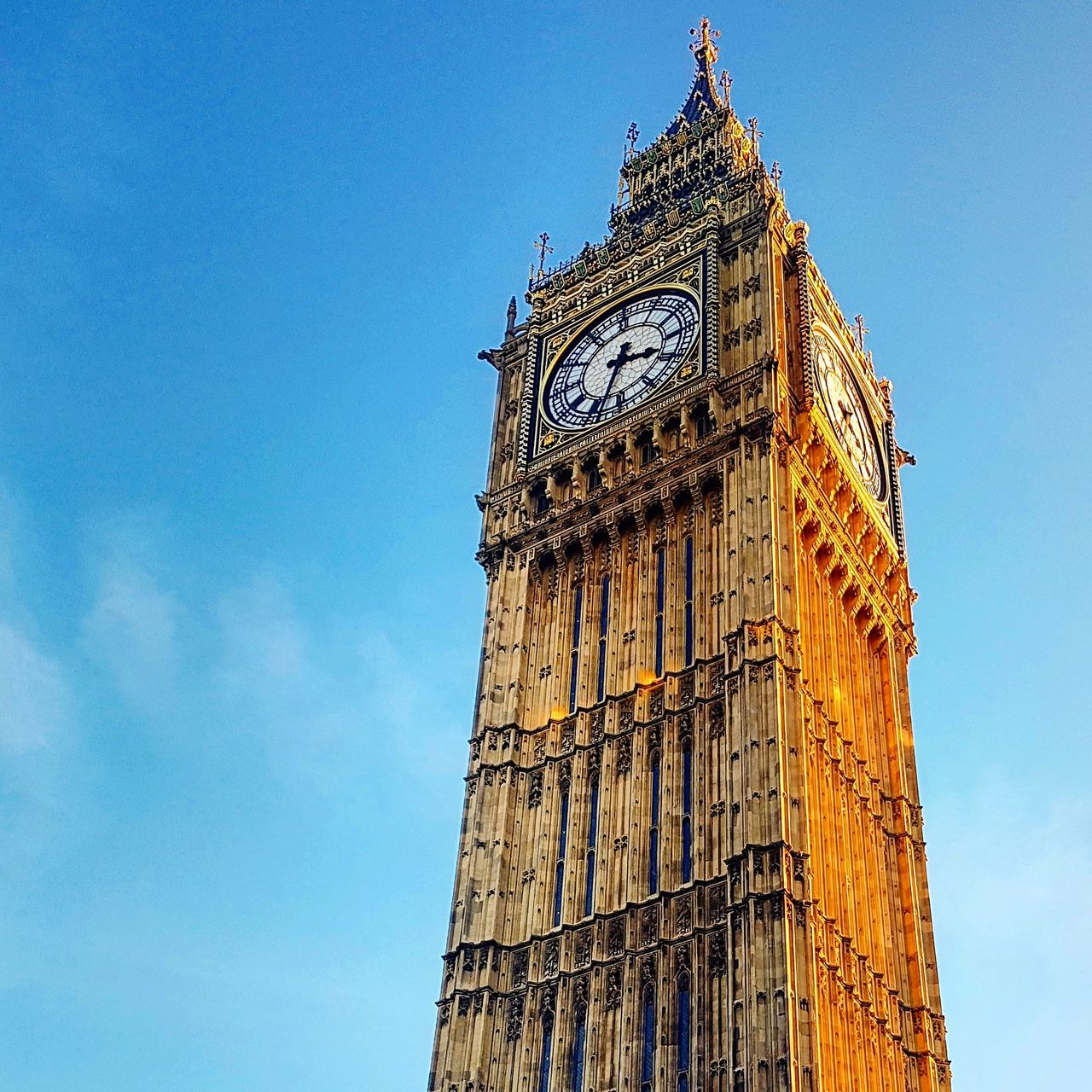 Blue Sky City Tower Architecture Clock Tower Low Angle View Travel Destinations No People History Built Structure Outdoors Day Cultures Clock Face Clock London Westminster Big Ben Travel