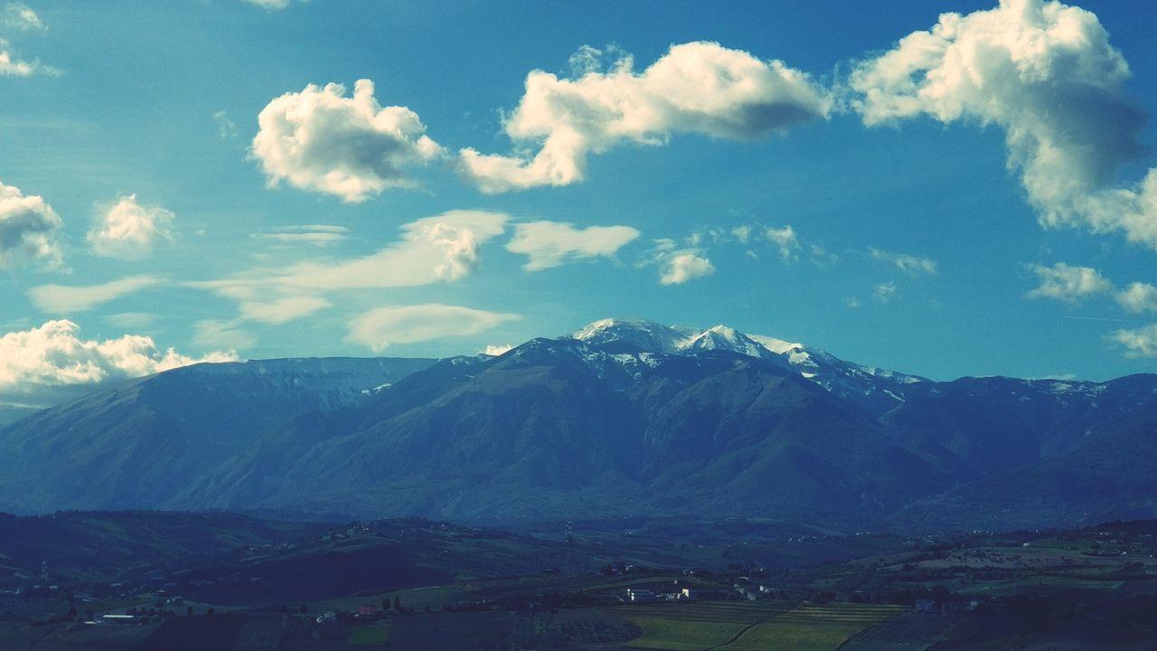Castel frentano Mountain Mountain Range Nature Landscape Scenics No People Outdoors Abruzzo Mountains Agriculture Magia Natural