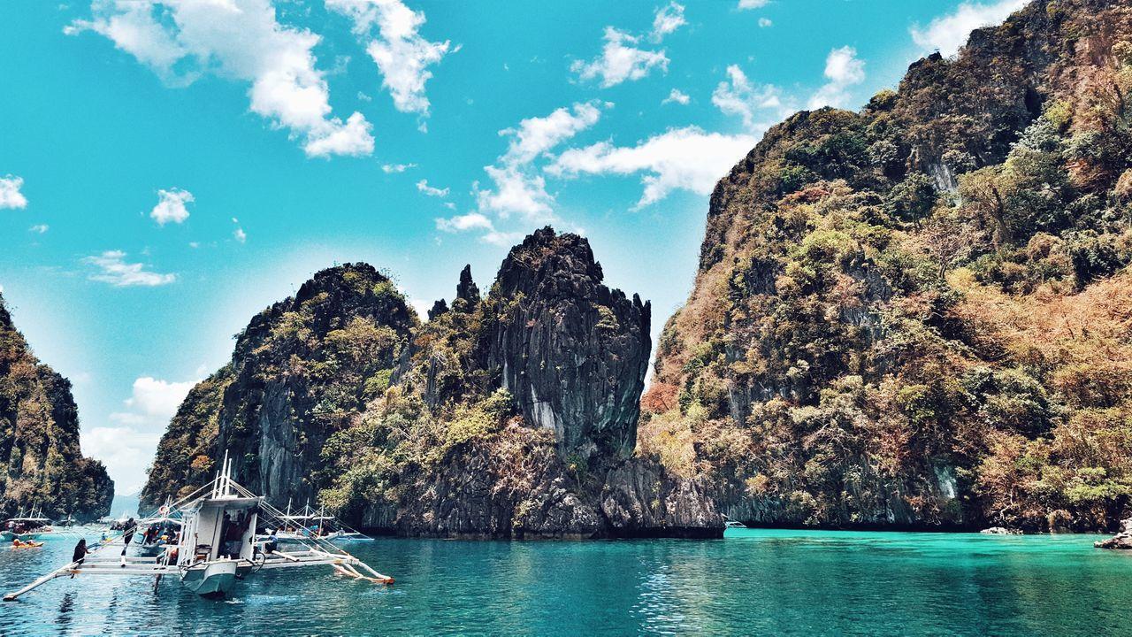 A taste of paradise. EyeEmNewHere Summertime Backgrounds Day ElnidoPalawan2017 Summerdays  Ocean Photography Island Hopping Beach