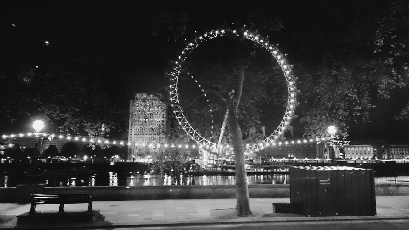 Treat life like a ferris wheel ride. There are ups and downs and to get to the top, you need to go past your fear. KeepMovingForward Keepmoving Ferris WheelLondoneye BynightLondonthroughmycam LondonLove Streetphoto_bw Being A Tourist Emptystreets