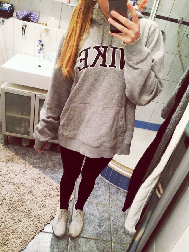 long hair dont care Girl Hanging Out Bored Ootd Nike Cozy Hair Lalala Relaxing Bedtime