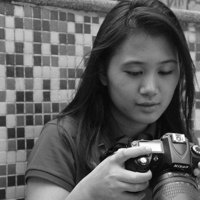 Nakalugay si PKAYE XD! Yes! Photog Photographer Pkaye Pool taguig kasocrashnungipapaprint bw candid onceinabluemoon requested