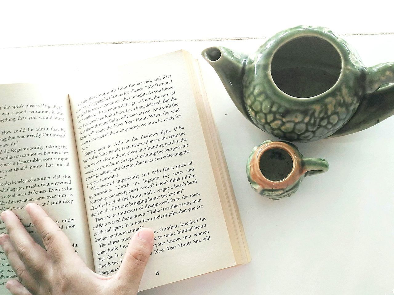 A book a day makes your foolish go away. Fearless Book Booklover Bookstagram Love Yourself <3 Noorwan Store Bookworm Xoxo ❤  EyeEm Gallery Relaxing