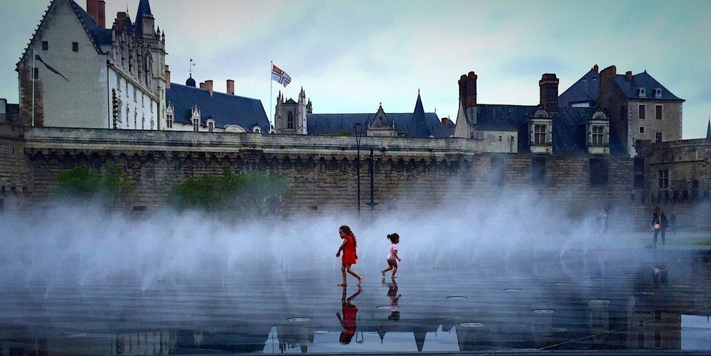 Hidden Gems  Nantes Children Water Playing Castle Water Fountain Travel Water_collection Waterdrops Water Droplets
