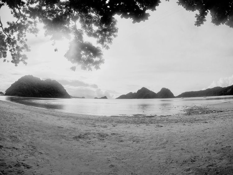 Beach Life Philppines El Nido, Palawan Peace And Quiet Unwind, Loosen Up, Ease Up, Slow Down, De-stress, Unbend, Rest, Put One's Feet Up, Take It Easy