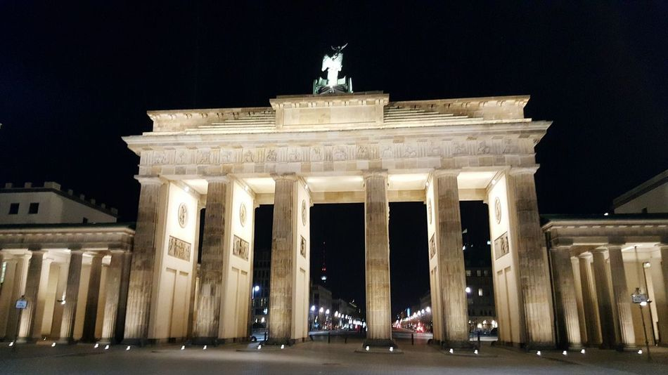 Architecture Night Architectural Column Statue Illuminated Travel Sculpture History Tourism City Built Structure Neo-classical No People Outdoors City Gate Triumphal Arch Berlin Branderburgertor
