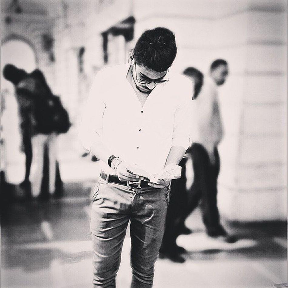 Pyar me Dhoka Or Life me Dusra Moka Sabko milta hai . 😘