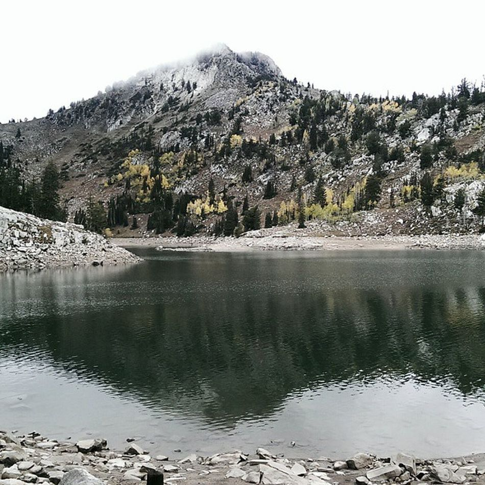 Hiked up to Twin Lakes Reservoir. Low clouds and a sprinkling of light snow. Cell phone image...