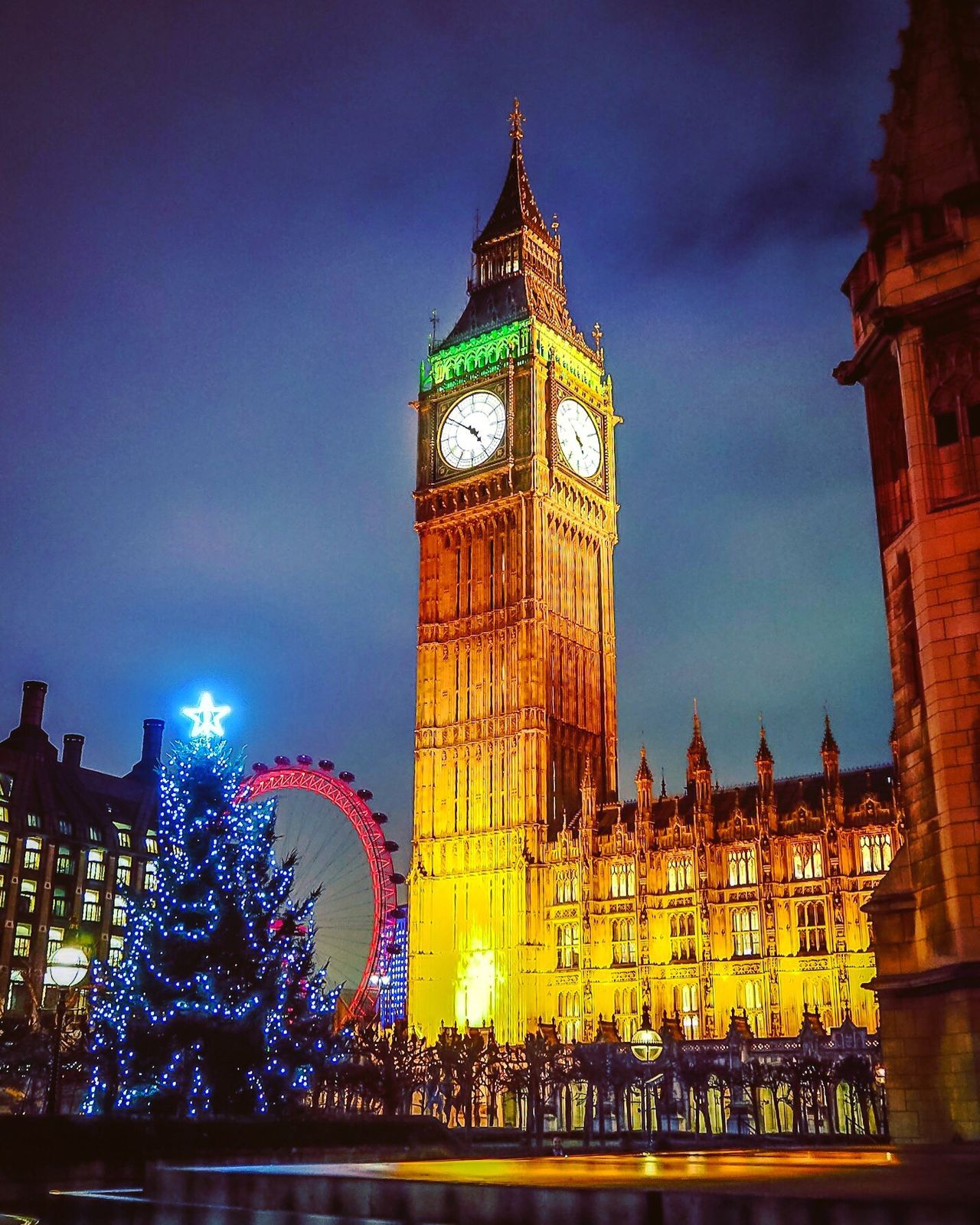 Big Ben at Christmas. Big Ben London Christmas Christmas Tree Parliament Queen Elizabeth Tower