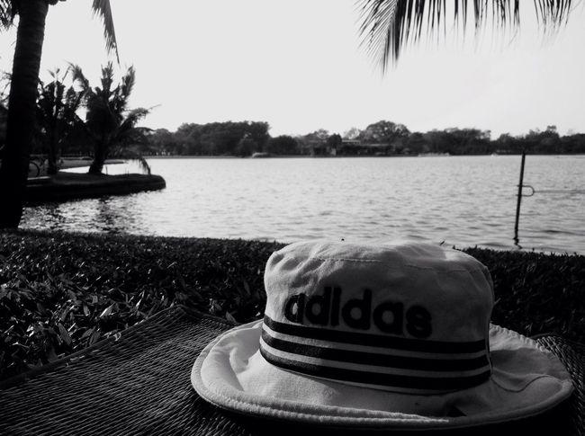 🙏🏼🙏🏼🙏🏼👌🏻 Enjoying Life Relaxing Blackandwhite Freetime #alone #girl Hellothailand Blak And White Alone Time Alone