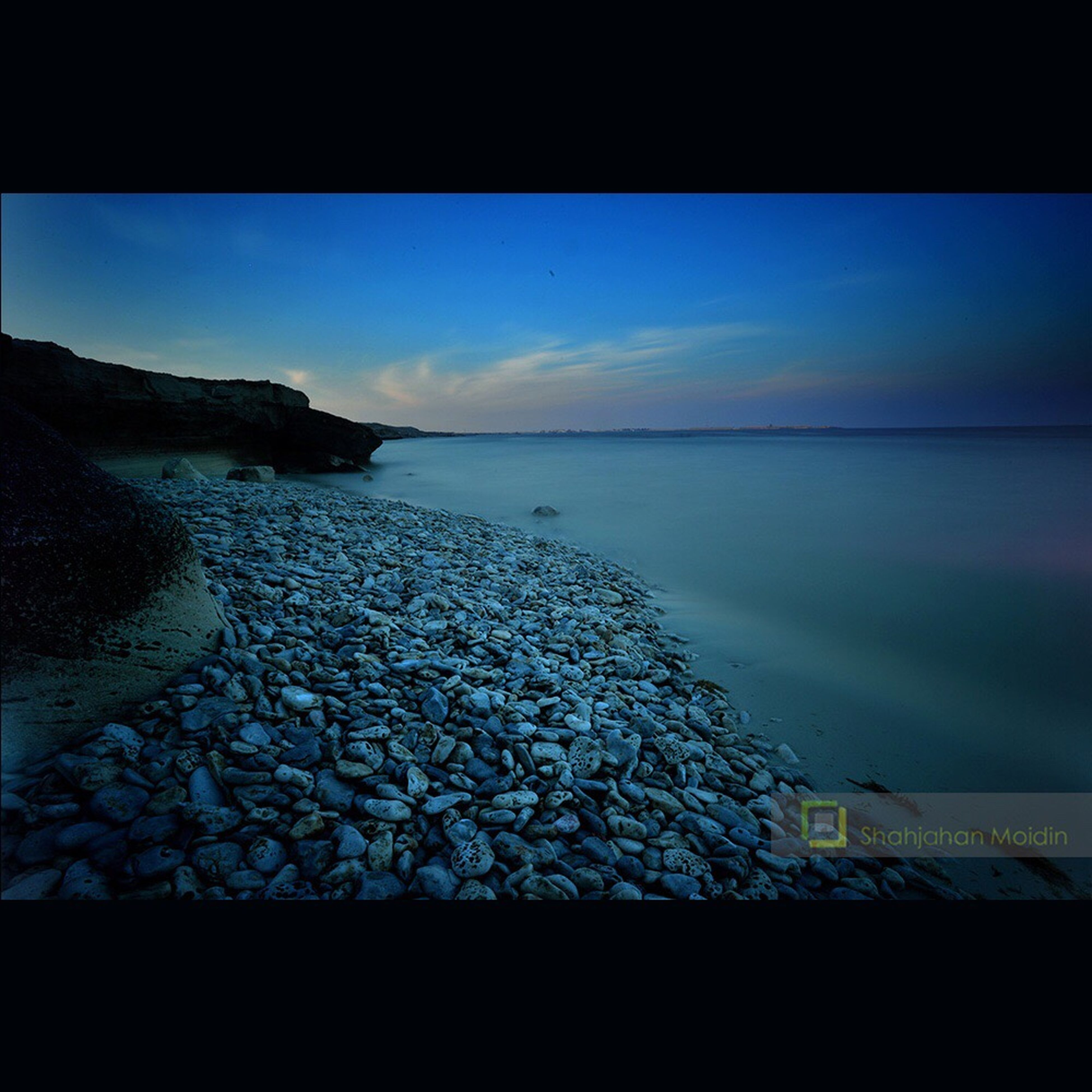 water, sea, horizon over water, sky, scenics, transfer print, tranquil scene, tranquility, beauty in nature, auto post production filter, nature, beach, shore, cloud - sky, idyllic, reflection, coastline, outdoors, ocean, no people