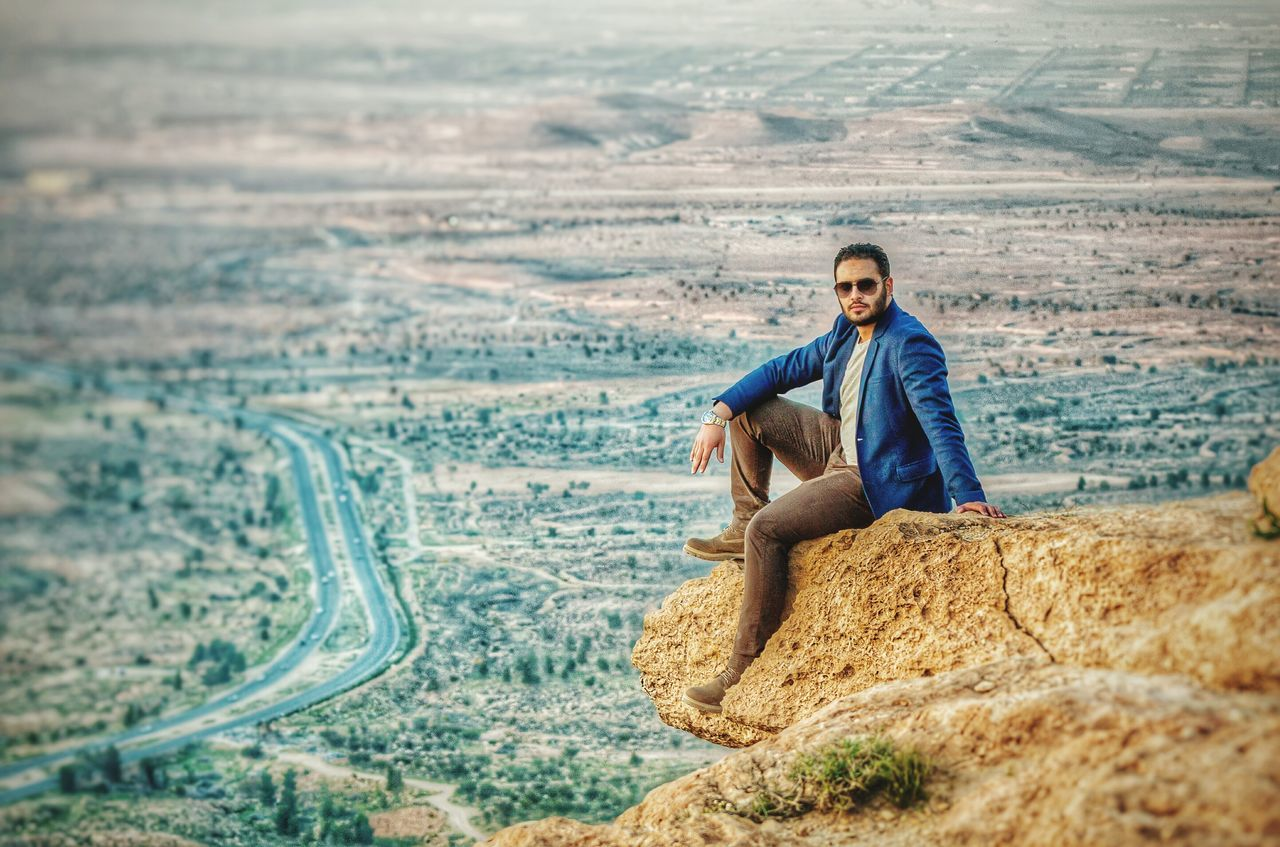 Check This Out The Portraitist - 2015 EyeEm Awards Hello World Hanging Out That's Me Photography Libyan Enjoying Life The Traveler - 2015 EyeEm Awards