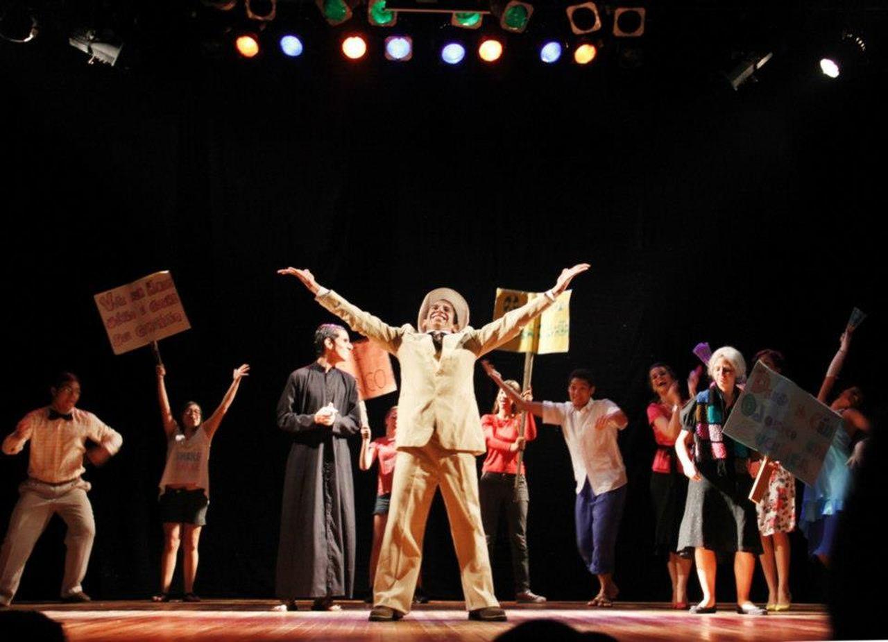 School Play O Bem Amado SBArtes Director Jonas Mourilhe Rio De Janeiro Brazil