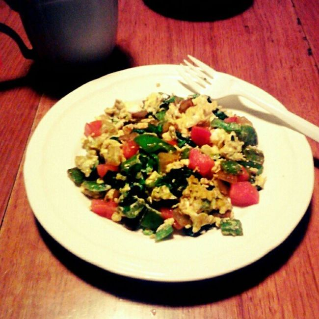 #breakfast is complete! #foodstagram #yummy #spinach #onion #egg #eggporn #tomato #bellpepper #lowfat #lowcal #lowcalorie #lowcarb #diet #weightloss #breakfasttime #ilovecooking #eggs #scramble Spinach Bellpepper Breakfast BreakfastTime  Yummy Lowfat Tomato Lowcalorie Eggs Scramble Egg Lowcal Vegetables Nylonsnack Diet Eggporn Weightloss Onion Veggie Veggies Veg Lowcarb Vegetable