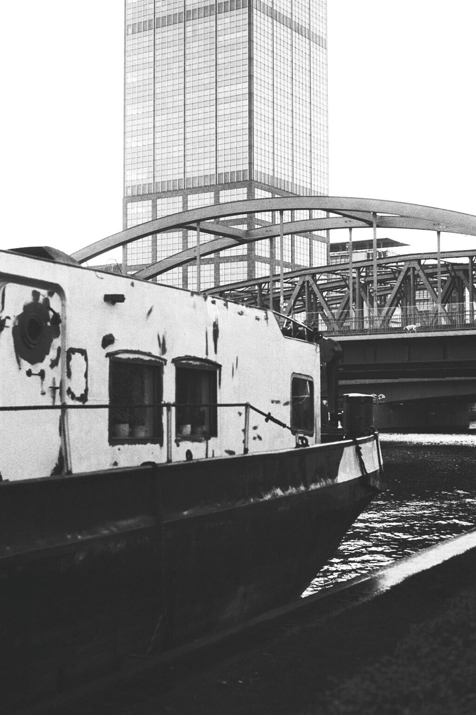Berlin Blackandwhite Black And White Analog Sunday Black & White Film Film Photography Analogue Photography Leicam 50mmSummicron Leica_camera I Love My City Learn & Shoot: Layering Multiple Layers Boat Bridge Sky Is The Limit Water Rummelsburger Bucht My Fuckin Berlin Berliner Ansichten Bridge - Man Made Structure Structures Monochrome