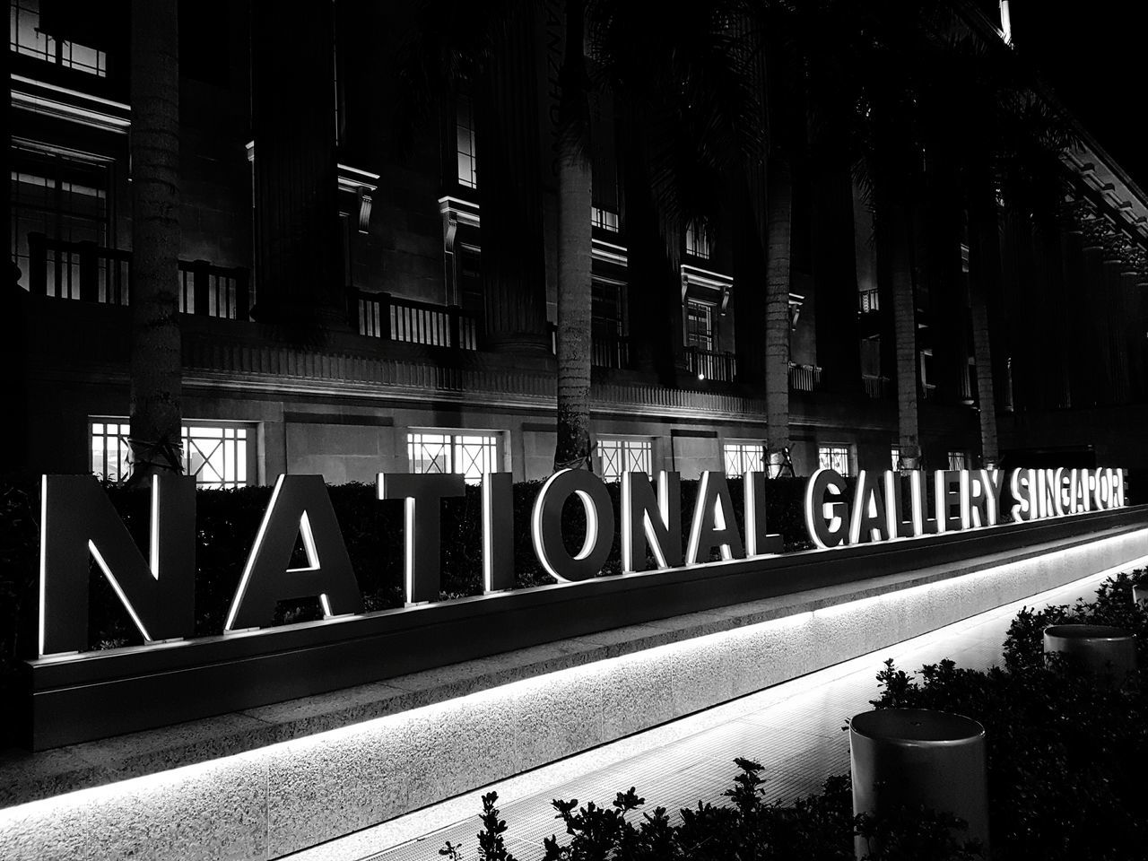 National Gallery Museum Taking Photos Check This Out Typography Museum Singapore Landmarks Buildingstyles Modern Meets Old Fashioned Cityscapes Streetphotography Architecture Samsung S7 Edge Photography Nightphotography