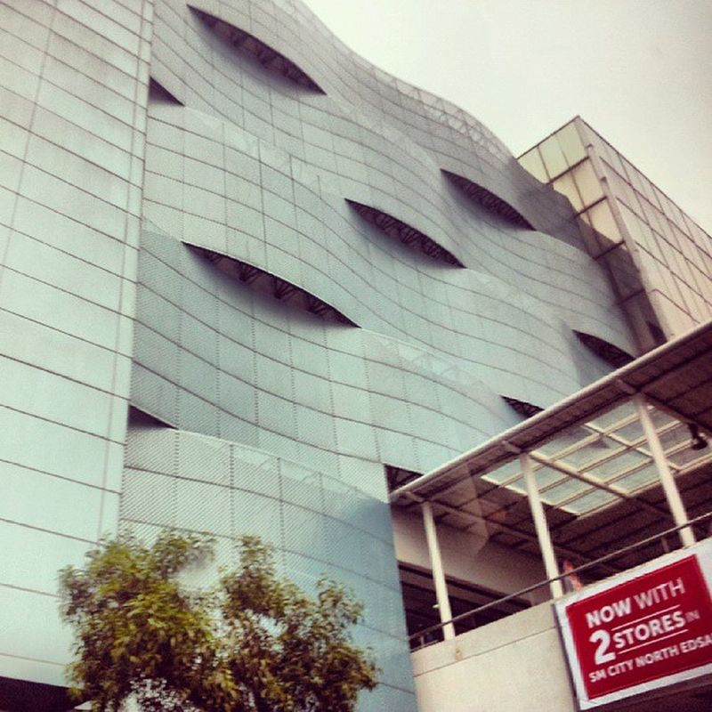 Architecture Building Modern City mall smnorth qc Philippines