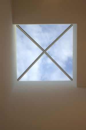 Skylight,window,window Of Opportunity,light At The End Of The Tunnel,blue Skies,architecture,roof,ceiling,x Marks The Spot,looking Up,top,asymmetrical,height,