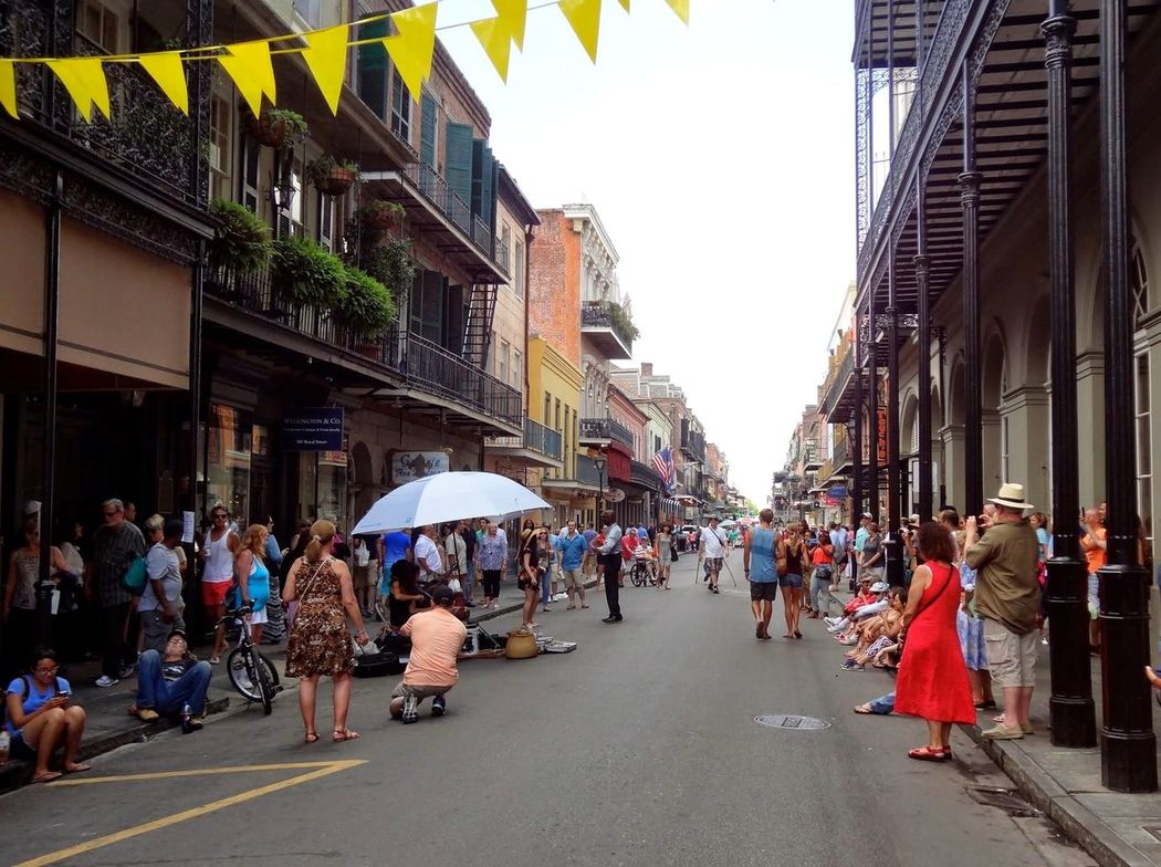 New Orleans !! French Quarter The Road- Image Gallery