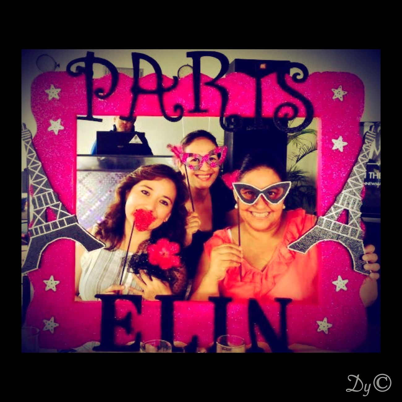 Elin 🎉 Party Time Friends Paris Themeparty Pink Women Party Smile :)