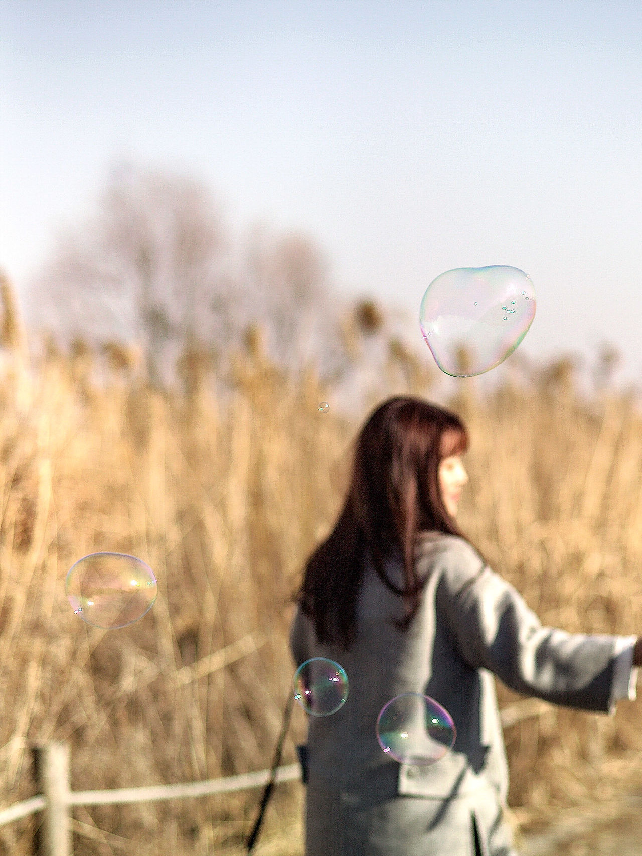 Bubble Wand Dreaming Bubbles Close-up Sunlight Snapshot Feeling Good Feeling Inspired Windy Day Slow Motion Go Away