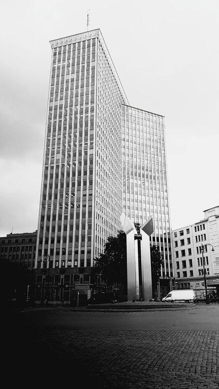 Bruxelles-Capital Porte De Namur Architecture Skyscraper City Modern Cityscape