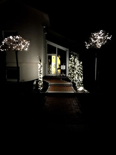 Check This Out Taking Photos Learn & Shoot: After Dark Night Lights Nightphotography Bonn Light Night