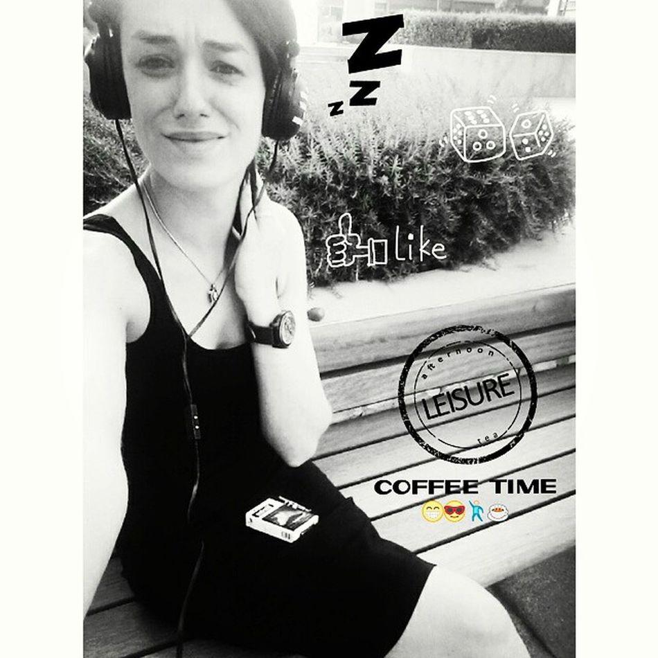 Bi gün daha bitti ...... Coffee Gün_biter Lifeisgrey Instagram