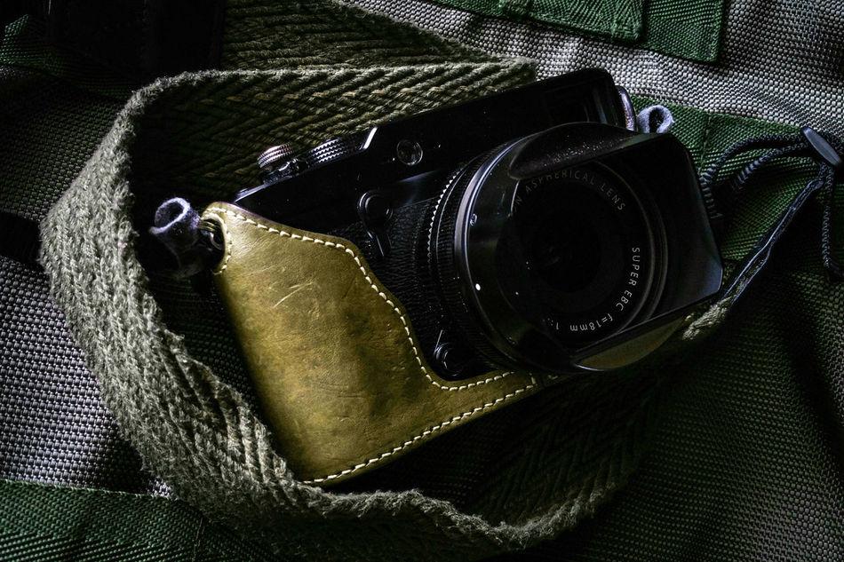 Product Camera Rangefinder Tactical Streetphotography Everybodystreet Street Photography Olive Green Fujifilm Fujifilm_xseries Fujifilm X-Pro1 Lieblingsteil