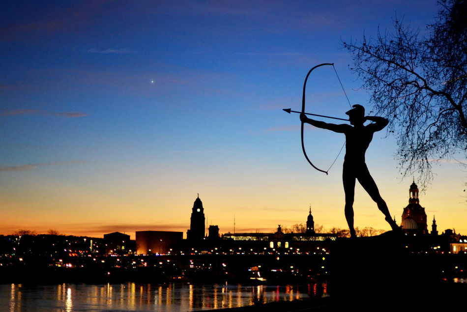 Beautiful stock photos of bow, Aiming, Blue, Bow, Bow And Arrow