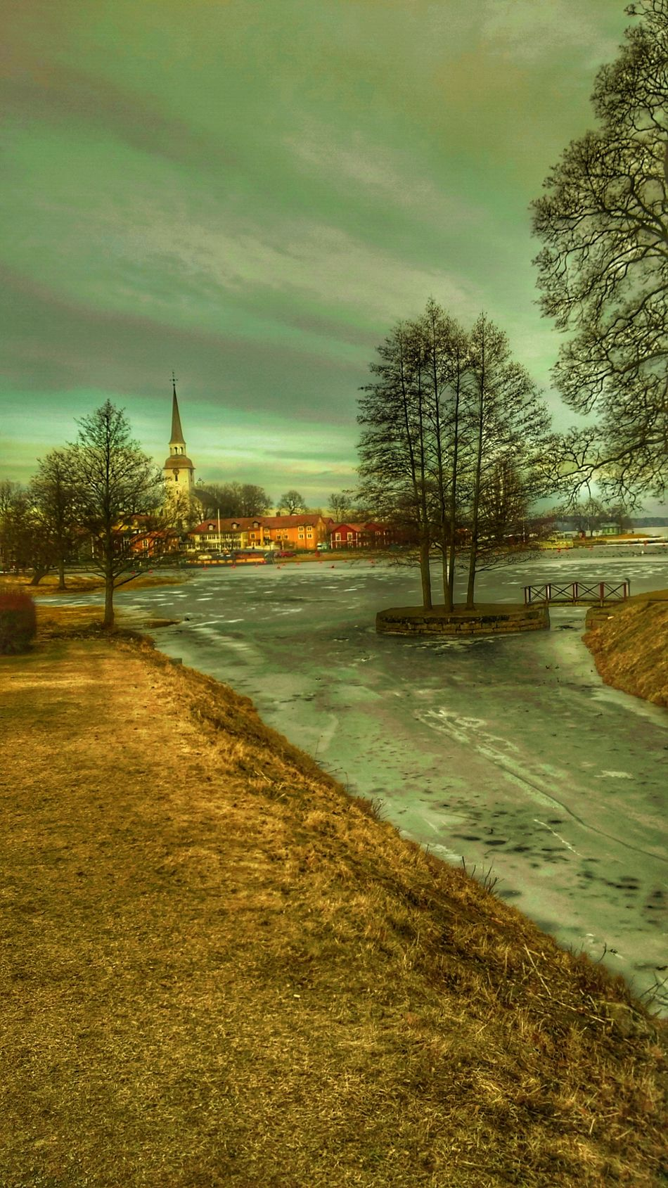 Tree Water No People Nature Outdoors Cloud - Sky River Sky Beauty In Nature Day Best Of EyeEm Travel Destinations Scenics Street Photography Lights And Shadows Gripsholm